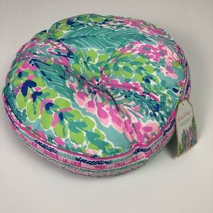 Lilly Pulitzer Round Indoor/Outdoor Pillow